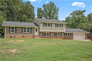 Photo of 225 Deer Trail, Fayetteville, GA 30214 (MLS # 6604904)