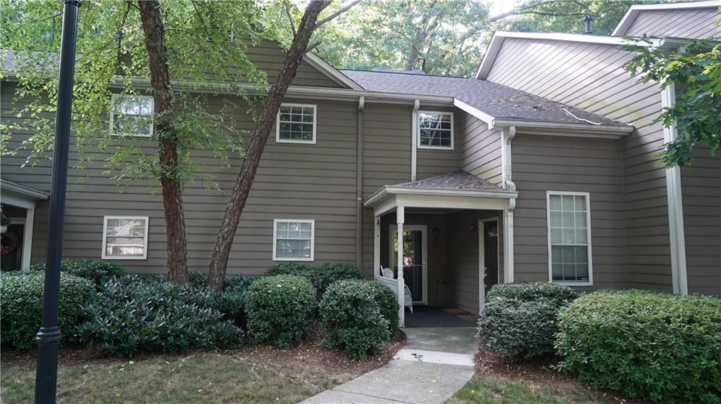 Photo for 2160 N Forest Trail, Dunwoody, GA 30338 (MLS # 6567908)