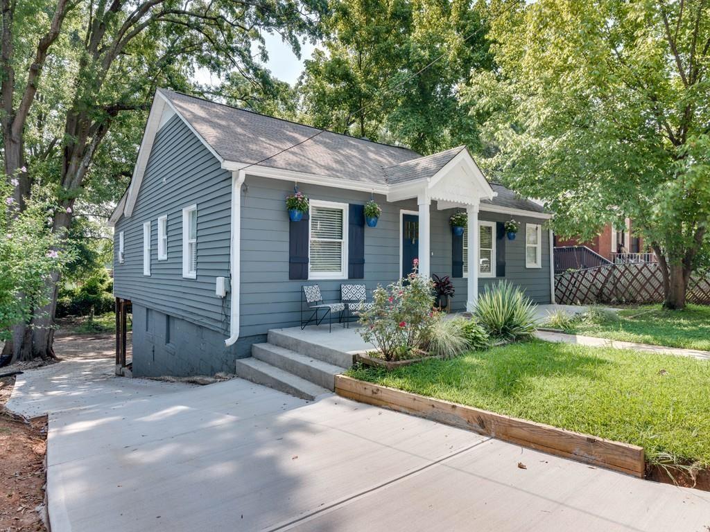 Photo of 1006 Hill Street SE, Atlanta, GA 30315 (MLS # 6922919)