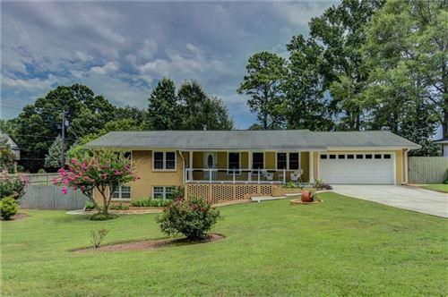Photo of 3001 Ponderosa Circle, Decatur, GA 30033 (MLS # 6760928)