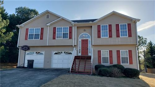 Photo of 1562 Wynfield Drive, Auburn, GA 30011 (MLS # 6653934)