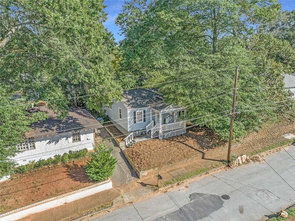 Photo of 96 DAHLGREN Street SE, Atlanta, GA 30317 (MLS # 6931943)