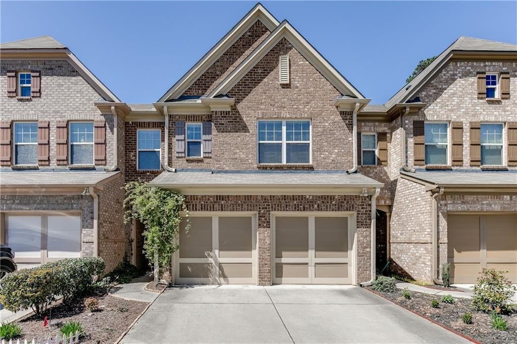 Photo of 1560 Winshire Cove, Alpharetta, GA 30004 (MLS # 6863950)