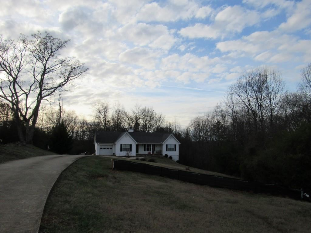 Photo of 2642 Athens Highway, Gainesville, GA 30507 (MLS # 6799953)