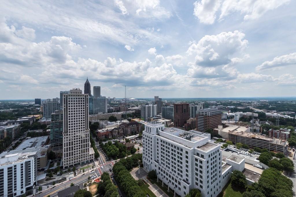 Photo for 1065 Peachtree Street NE #3603, Atlanta, GA 30309 (MLS # 6752967)