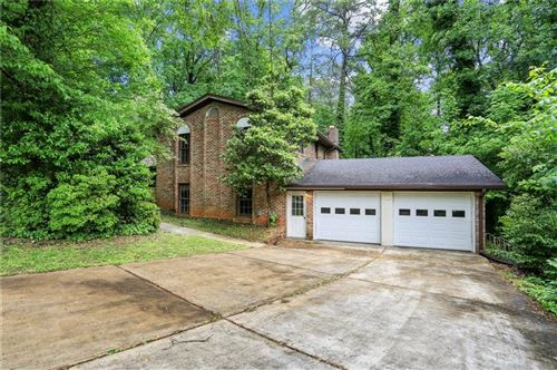 Photo of 4886 Valley View Court, Dunwoody, GA 30338 (MLS # 6872971)