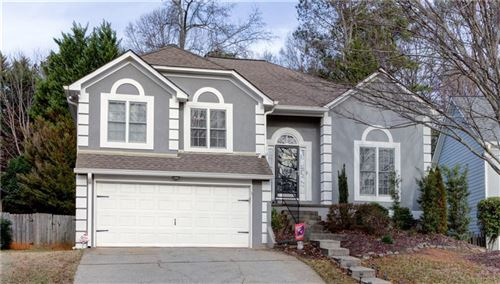 Photo of 120 River Terrace Point, Roswell, GA 30076 (MLS # 6665979)