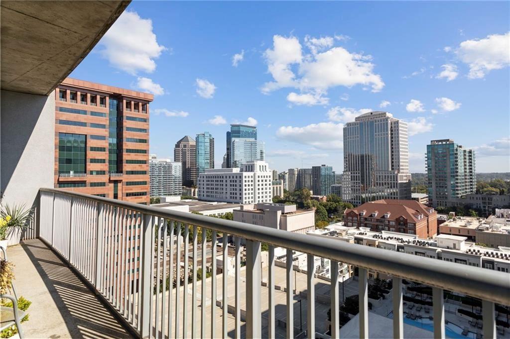 Photo for 950 W Peachtree Street NW #1810, Atlanta, GA 30309 (MLS # 6796988)