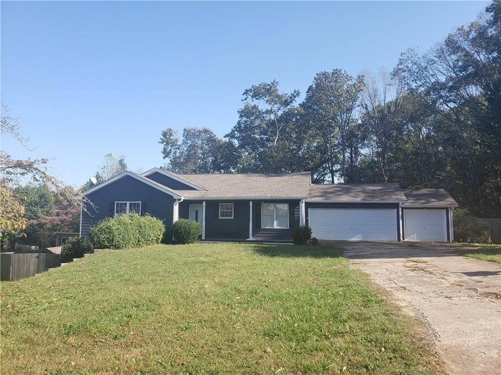 Photo of 2670 Highland Park Drive, Gainesville, GA 30506 (MLS # 6800990)