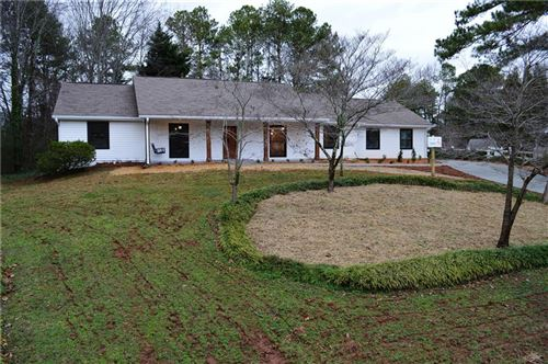 Photo of 195 Thistlewood Lane, Roswell, GA 30075 (MLS # 6667991)