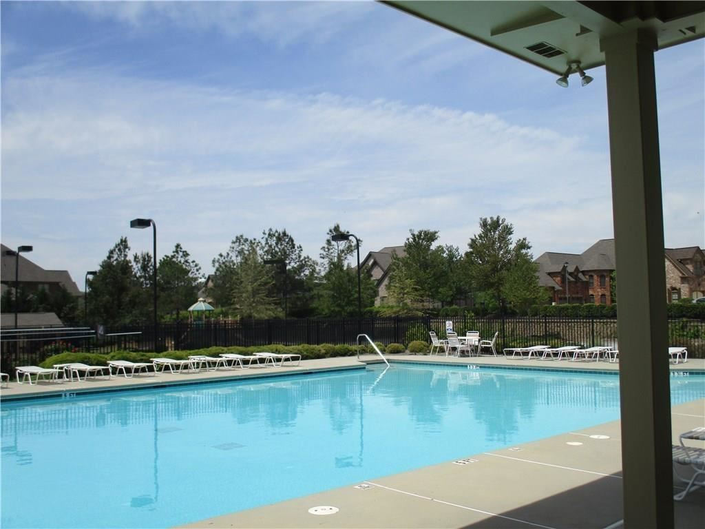 Photo of 4803 Grandview Court, Flowery Branch, GA 30542 (MLS # 6863991)