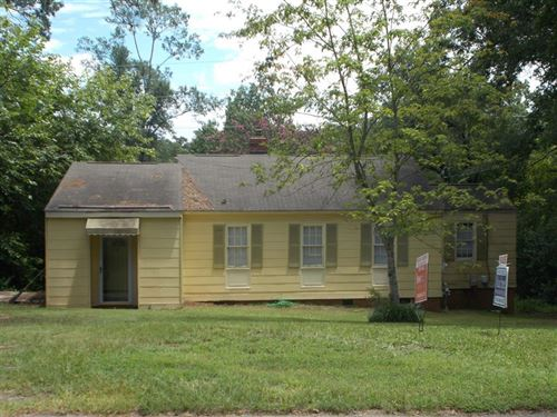 Photo of 1037 Bedford Drive, Augusta, GA 30904 (MLS # 462290)
