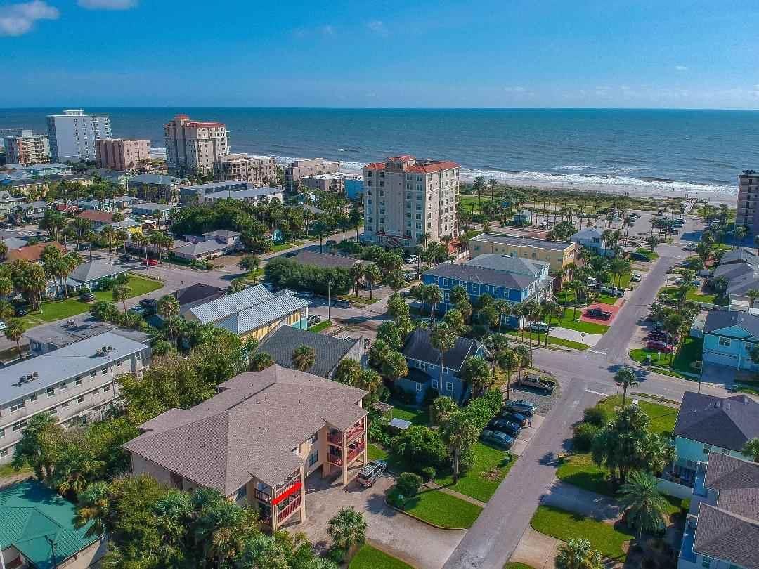 Photo of 221 S 6th Avenue #G, Jacksonville Beach, FL 32250 (MLS # 198450)