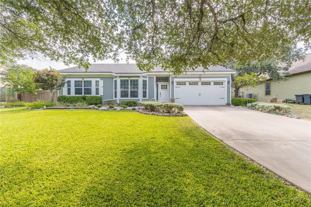 Photo for 22015  Briarcliff Drive, Spicewood, TX 78669 (MLS # 5175113)