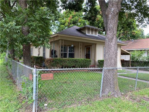 Photo of 2215  Canterbury Street, Austin, TX 78702 (MLS # 7407530)