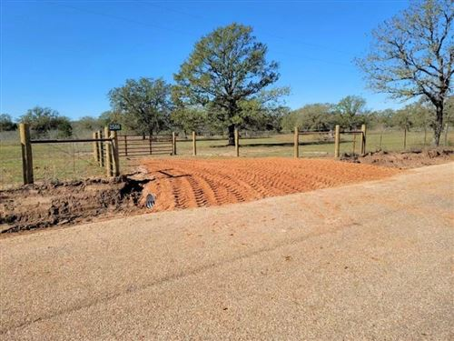 Photo of 2586  County Road 426, Dime Box, TX 77853 (MLS # 1360841)