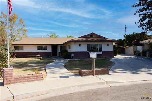 Photo of 6106 Lori Way, Bakersfield, CA 93308 (MLS # 202111081)