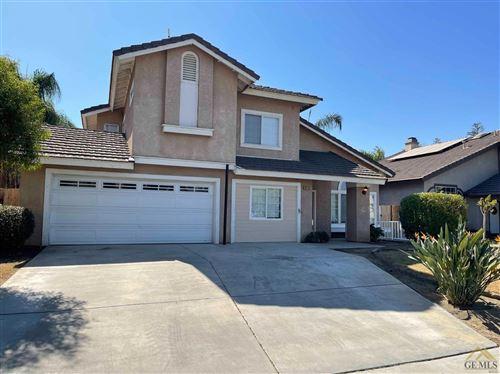 Photo of 10713 Galway Bay Drive, Bakersfield, CA 93311 (MLS # 202111279)