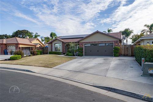Photo of 4718 Steeplechase Drive, Bakersfield, CA 93312 (MLS # 202111305)