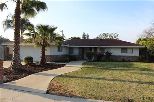 Photo of 6109 Lupine Avenue, Bakersfield, CA 93308 (MLS # 202003352)