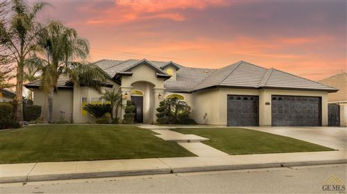 Photo of 15804 Screaming Eagle Avenue, Bakersfield, CA 93314 (MLS # 202003384)