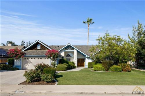 Photo of 2212 Wild Oak Court, Bakersfield, CA 93311 (MLS # 202106396)