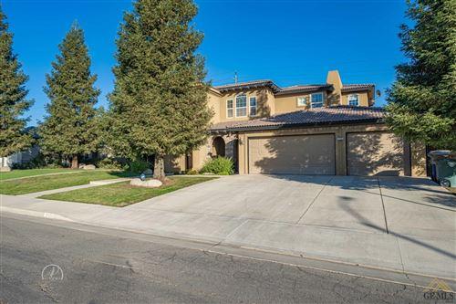 Photo of 3703 McKenna Street, Bakersfield, CA 93306 (MLS # 202012461)