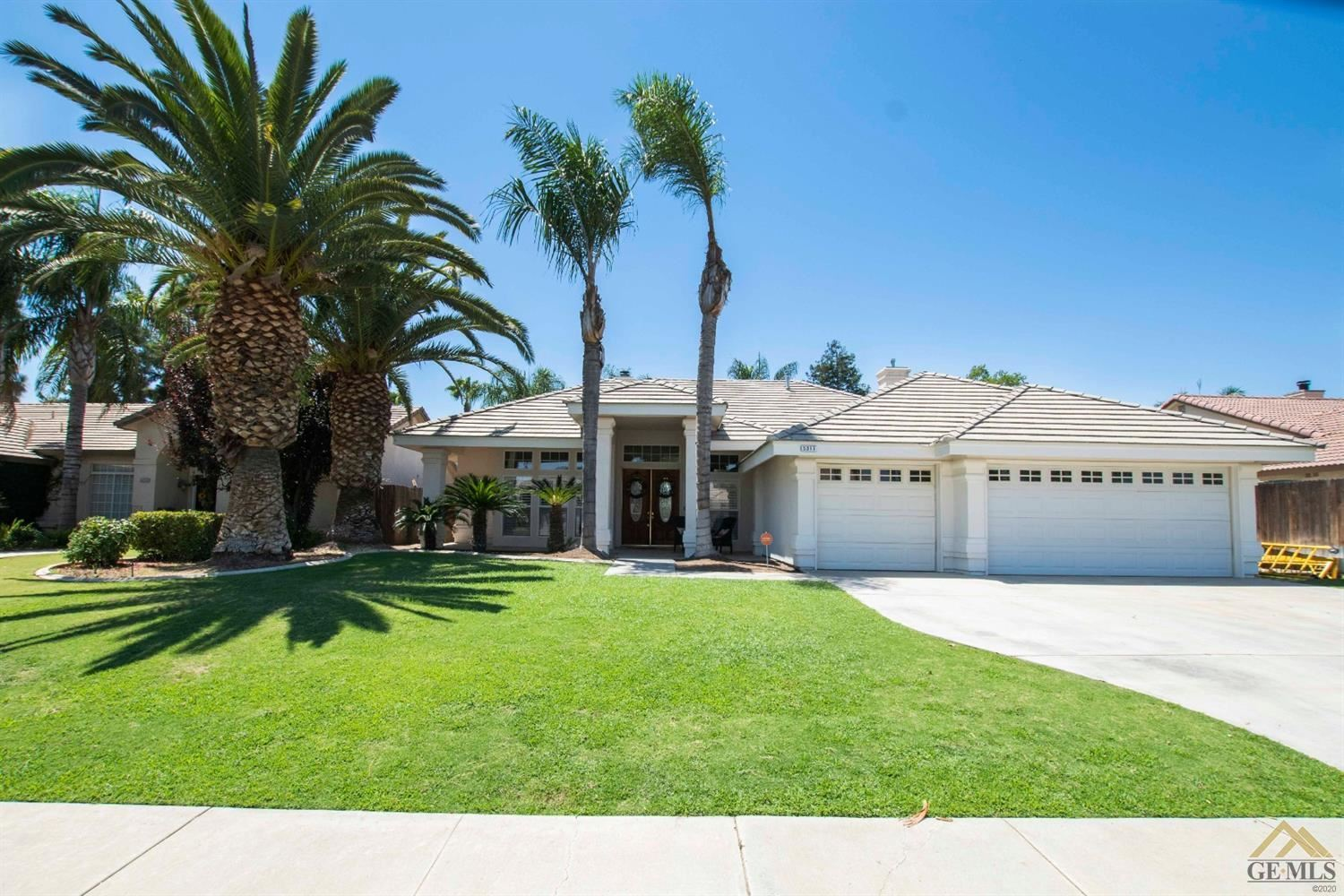 Photo for 5317 Southshore Drive, Bakersfield, CA 93312 (MLS # 202007667)