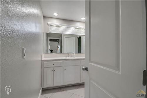 Tiny photo for 8000 Kroll Way #7, Bakersfield, CA 93311 (MLS # 202007680)