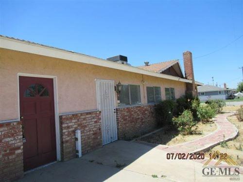 Tiny photo for 9401 Greenacres Drive, Bakersfield, CA 93312 (MLS # 202007682)