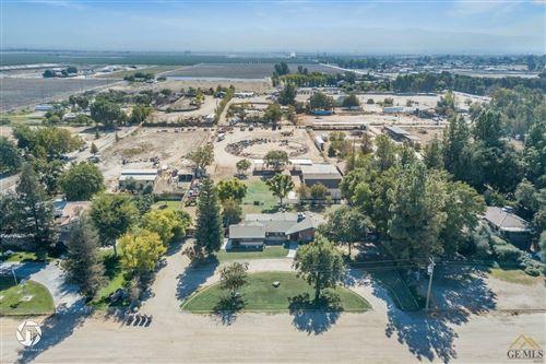 Photo of 6249 Megaris Avenue, Bakersfield, CA 93313 (MLS # 202110996)