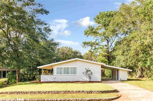 Photo of 4204 Cottage Hill Rd, Mobile, AL 36609 (MLS # 304399)