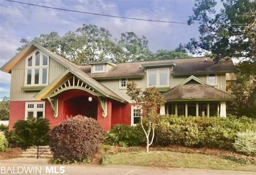 Photo of 404 Oak Ave, Fairhope, AL 36532 (MLS # 318579)