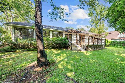 Photo of 111 Ronforth St, Fairhope, AL 36532 (MLS # 313970)