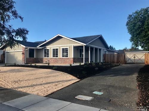 Photo of 5589 country club Drive, Rohnert Park, CA 94928 (MLS # 21927015)