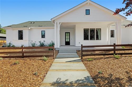 Photo of 929 Highland Court, Calistoga, CA 94515 (MLS # 22013047)