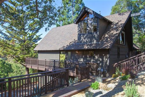 Photo of 432 Ridge Road, Novato, CA 94947 (MLS # 22025068)