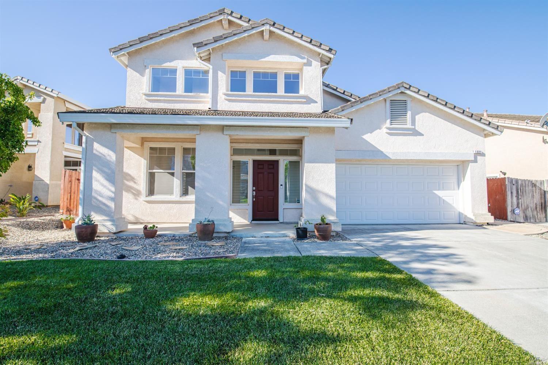 1221 Swan Lake, Fairfield, CA 94533 - MLS#: 321058081