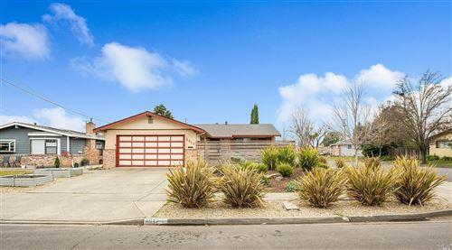 Photo of 3517 Idlewild Avenue, Napa, CA 94558 (MLS # 22031095)