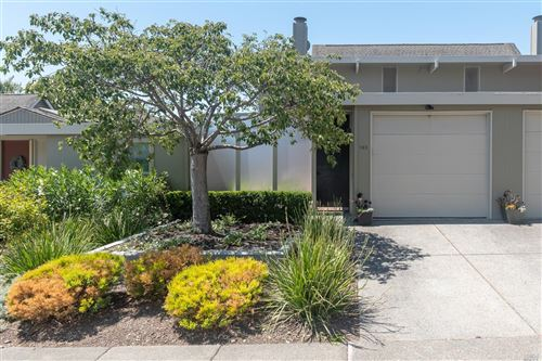 Photo of 185 Biscayne Drive, San Rafael, CA 94901 (MLS # 22017110)
