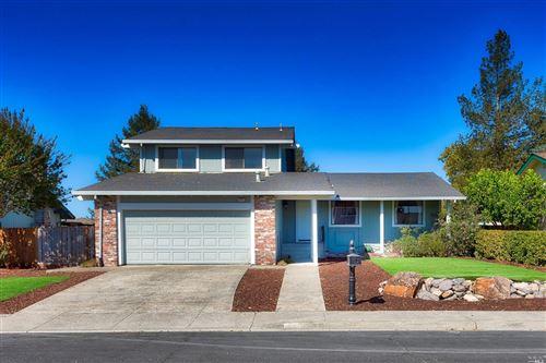 Photo of 4967 Fern Place, Rohnert Park, CA 94928 (MLS # 22026112)