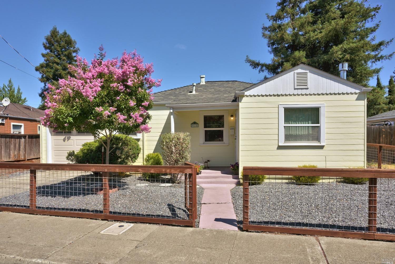 915 Maple Avenue, Santa Rosa, CA 95404 - MLS#: 321053129