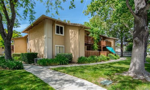 Photo of 502 Arcadia Drive, Vacaville, CA 95687 (MLS # 22009132)