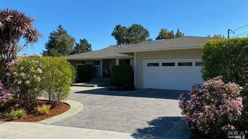 Photo of 47 Kinross Drive, San Rafael, CA 94901 (MLS # 22018150)