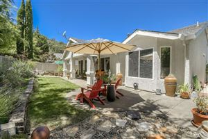 Photo of 265 Red Mountain Drive, Cloverdale, CA 95425 (MLS # 21918154)