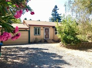 Photo of 30575 River Road, Cloverdale, CA 95425 (MLS # 21921157)