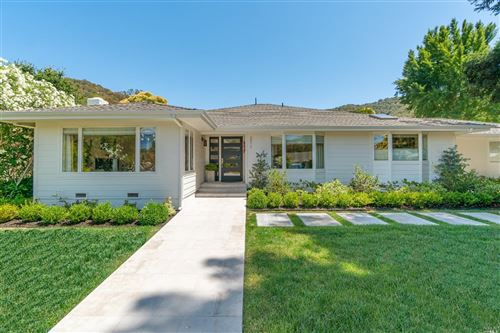 Photo of 271 Fairway Drive, Novato, CA 94945 (MLS # 321090170)