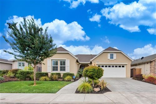Photo of 9318 Oak Trail Circle, Santa Rosa, CA 95409 (MLS # 22026171)