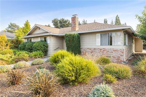 Photo of 506 Avenue Del Oro , Sonoma, CA 95476 (MLS # 22025174)