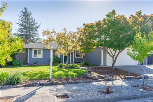 Photo of 2140 Valdes Drive, Santa Rosa, CA 95403 (MLS # 22026175)
